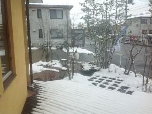 本社の雪化粧